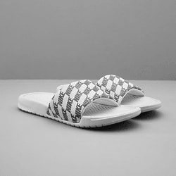 official photos 91d11 6c51e 282056102101 NIKE BENASSI Standard SP Small1x1 ...